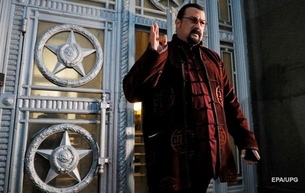В партію Справедливая Россия - За правду він вступив разом з командою колишнього