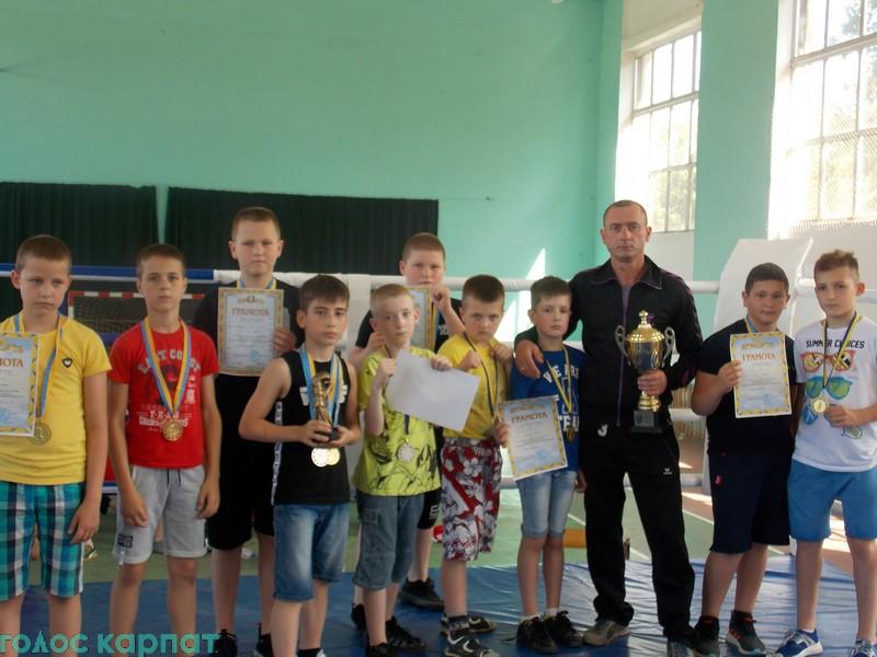 У відкритому Міжнародному турнірі з боксу взяли участь 146 спортсменів цього виду змагань з Івано-Франківщини, Маріуполя, Угорщини, Ужгорода, Мукачева, Чопа, Берегова, інших міст.