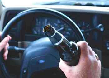 До поліції Рахівщини звернулися місцеві мешканці зі скаргою на водія з Верхнього Водяного, який за їх словами п'яний керує транспортним засобом.