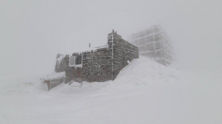Інтенсивні снігопади пройдуть на високогір'ї Карпат.