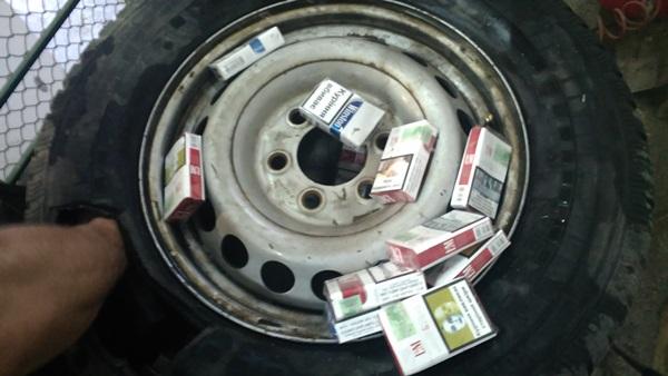 Закарпатські правоохоронці вилучили на кордоні цигарки на 10 тис. гривень