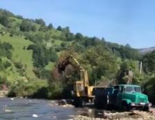 Рахівський прокурор затвердив обвинувальний акт працівнику місцевого лісництва у незаконному видобутку гравію