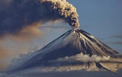 В Італії прокинувся найактивніший вулкан Європи