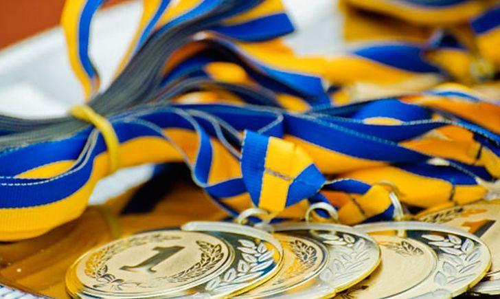 На разову грошову винагороду ужгородським тренерам та спортсменам із міського бюджету виділили 133,5 тисячі гривень