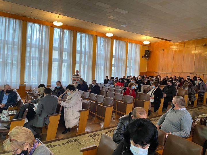 Відбулося 2-е пленарне засідання |-ї сесії Берегівської районної ради.