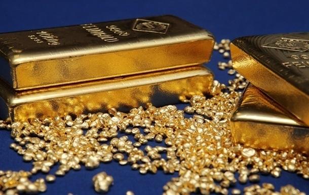 Ціна золота на тлі знецінення долара досягла 2 008 доларів за тройську унцію. Ціна срібла досягла семирічного максимуму.