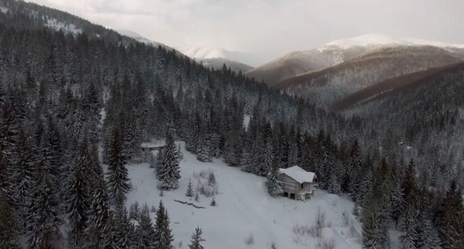Підніжжя зимової Боржави показали з висоти пташиного польоту
