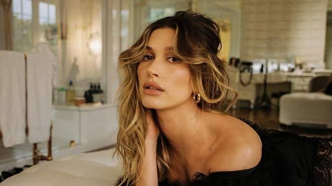 24-річна американська модель Гейлі Бібер після одруження з Джастіном Бібером все рідше знімається в пікантних образах.