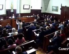 У Мукачеві розпочали позачергову сесію міськради (ПРЯМИЙ ЕФІР)