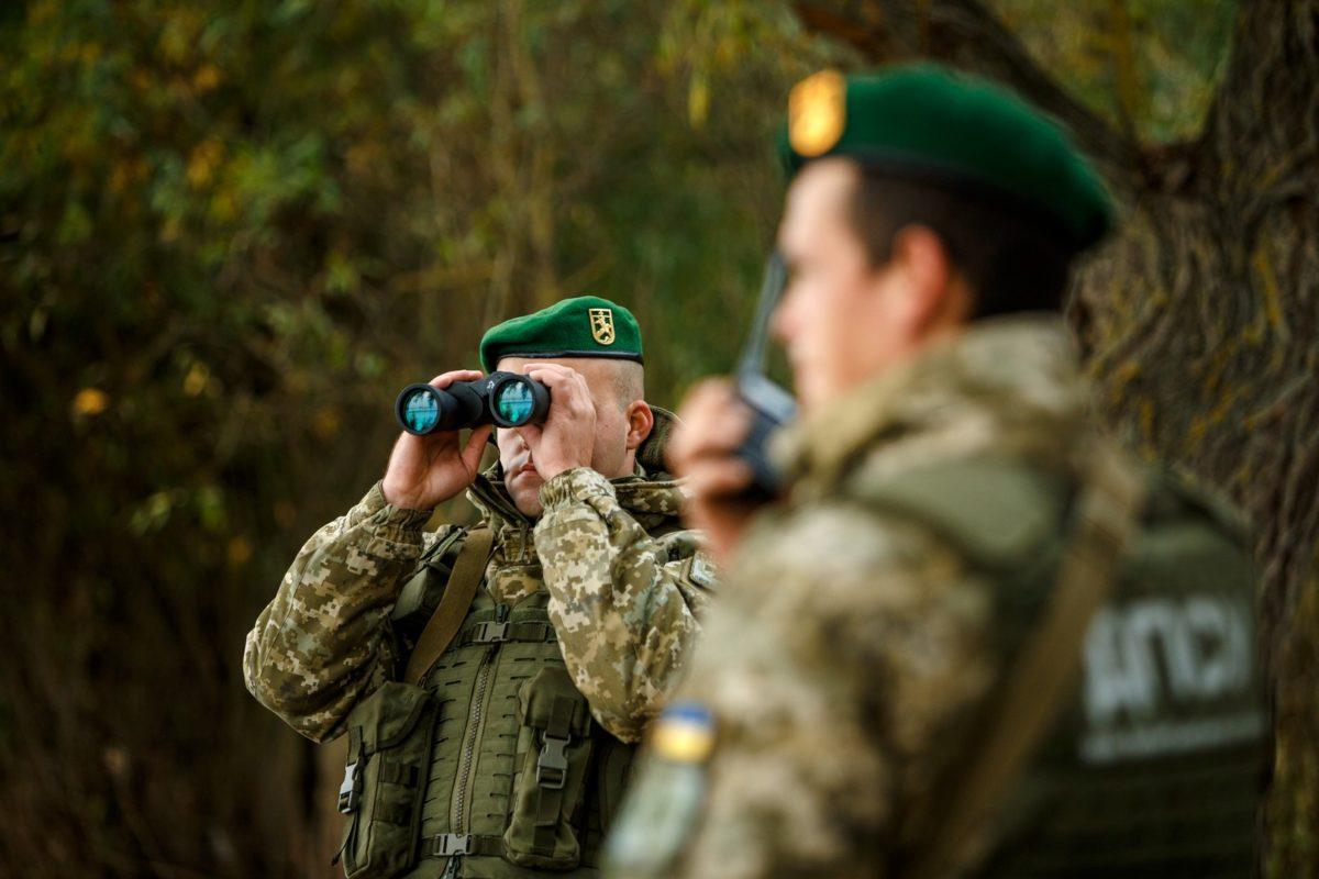 Прикордонниками Чопського прикордонного загону було отримано інформацію про можливе порушення державної межі.