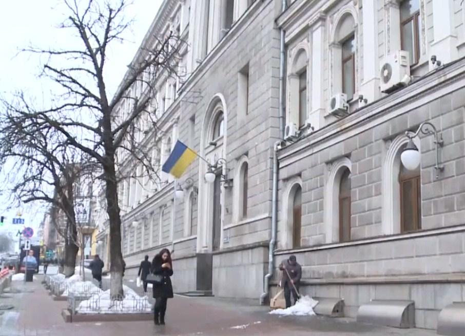 Київ заборонив в'їзд на територію України для громадян Росії чоловічої статі у віці з 16 до 60 років, повідомляє на сторінках Die Welt Павло Локшин.