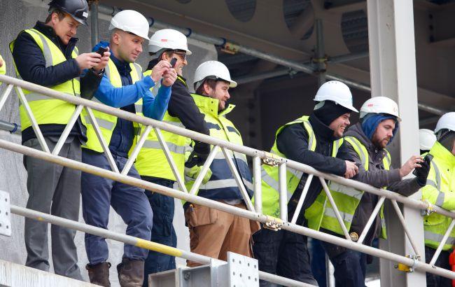 Найпопулярнішим видом заробітку у трудових мігрантів з України є робота на будівництві.