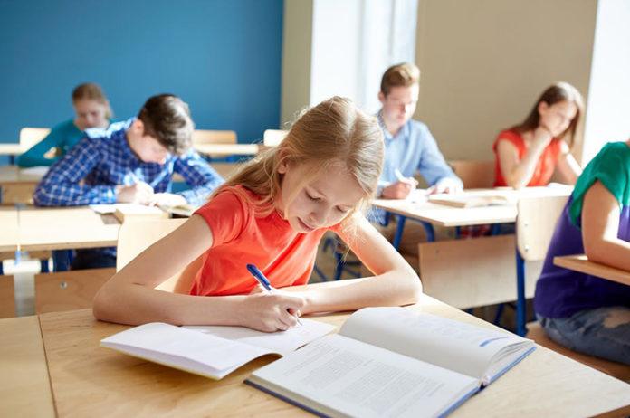 На Перечинщині дитсадки та початкові класи відновлюють роботу.