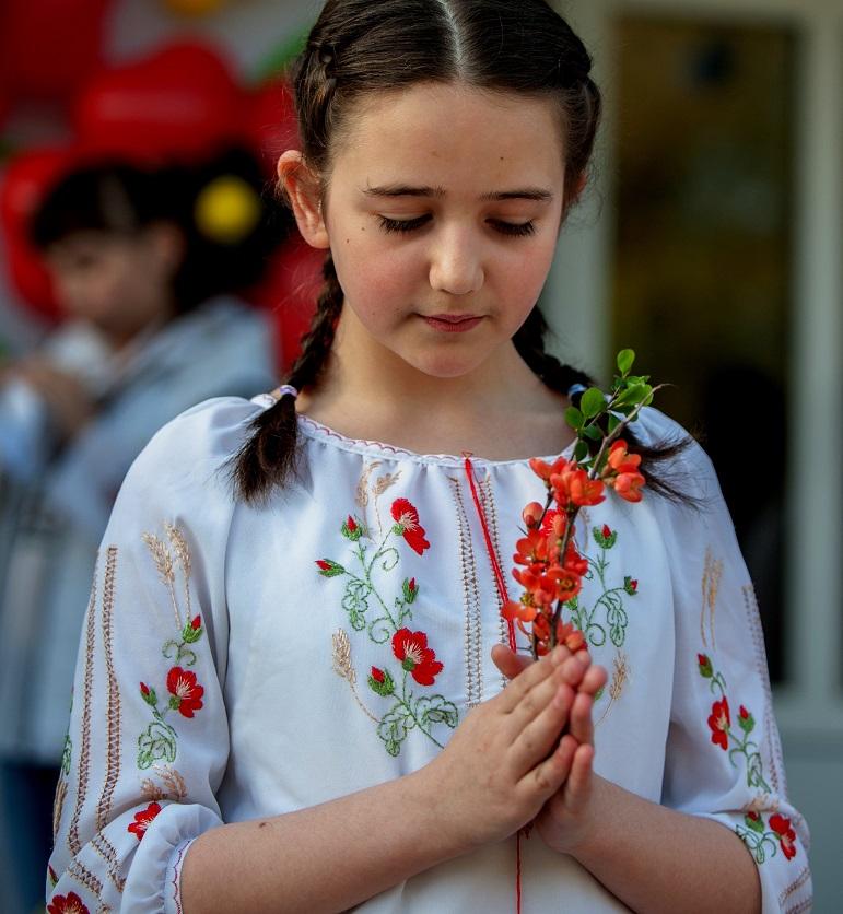 Сьогодні о 9.40 всі школярі закарпатської області одночасно попросили у Бога мир в Україні.