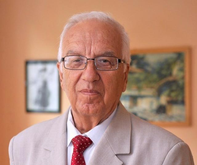 Професор Христо Мемерскі – болгарський генетик і цілитель, автор десятка книг, читає лекції по всьому світу, викладав свій курс в 200 університетах 63 країн.