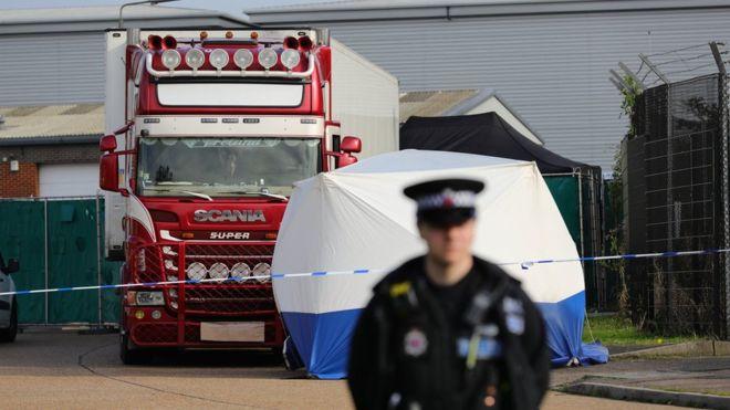 Усі 39 загиблих, яких знайшли у вантажівці-рефрижераторі в передмісті Лондона, були громадянами Китаю, повідомили у британській поліції.