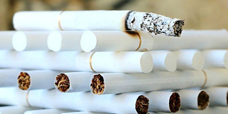 МОЗ запропонував скоротити вміст нікотину в сигаретах, врегулювати обіг електронних сигарет.