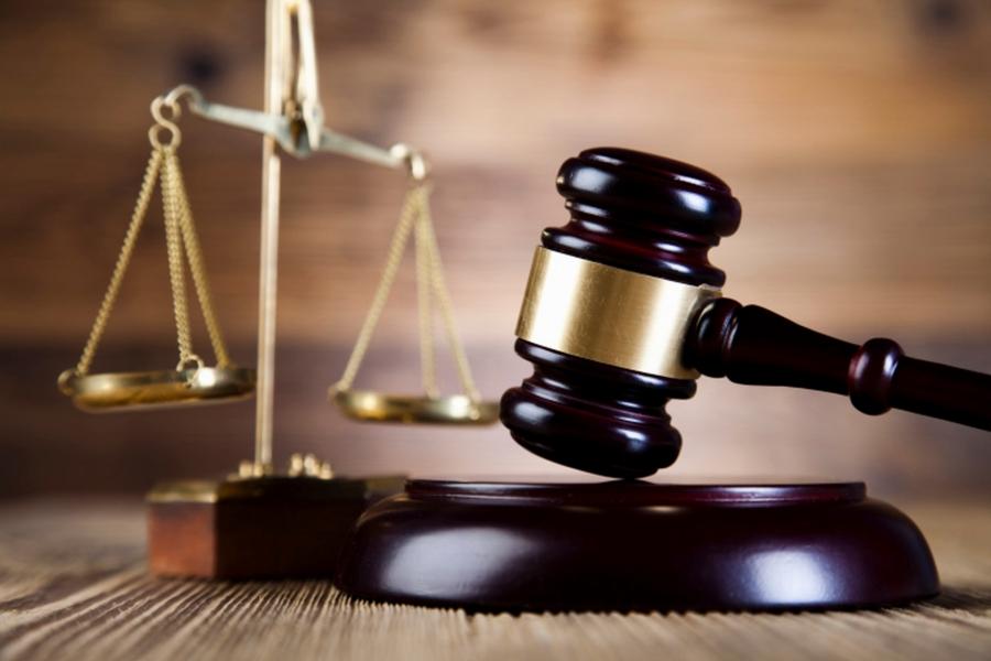 В суд направлено обвинительный акт в отношении должностных лиц одного из гос предприятий. Должностные лица обвиняются в вымогательстве и получении неправомерной выгоды (ч. 3 ст. 368 УКУ).