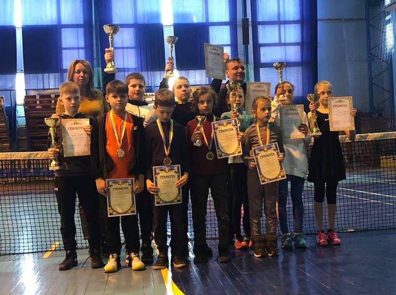 26–28 лютого в ужгородському СК «Юність» відбувся всеукраїнський юнацький турнір з тенісу серед юнаків і дівчат до 10 та 12 років.