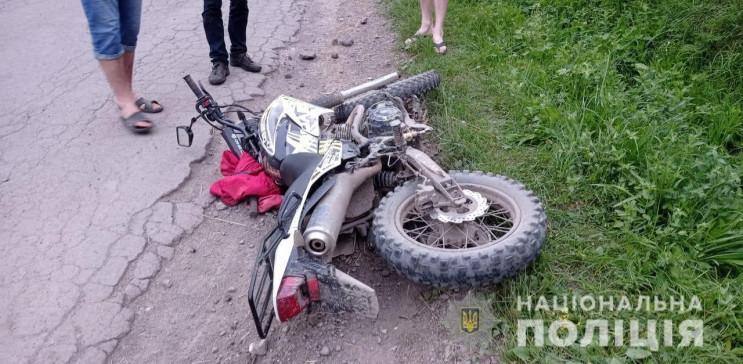 Про ДТП у селі Верхній Студений поліція отримала повідомлення 25 липня ввечері. Там зіткнулися два мотоцикли. Про це повідомили в обласній поліції.
