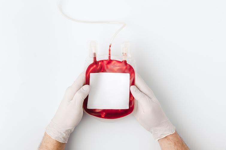 З переліку протипоказань до донорства крові прибрали пункт про гомосексуальні стосунки, який прирівнювали до форм ризикованої поведінки.