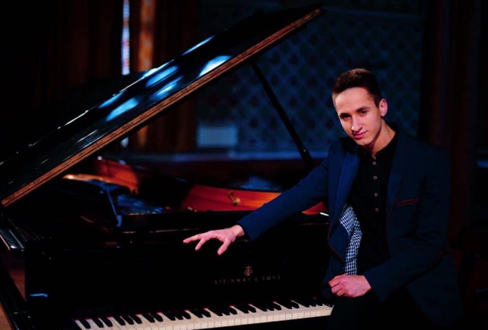 Ужгородського студента удостоїли стипендії Президента України за досягнення у сфері музичного мистецтва.