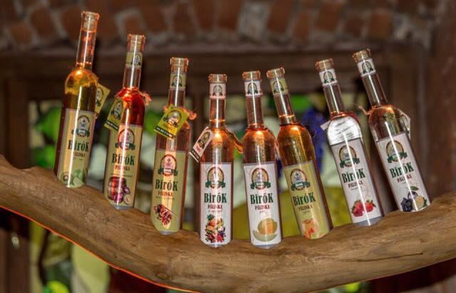На Закарпатті процвітає алкотуризм
