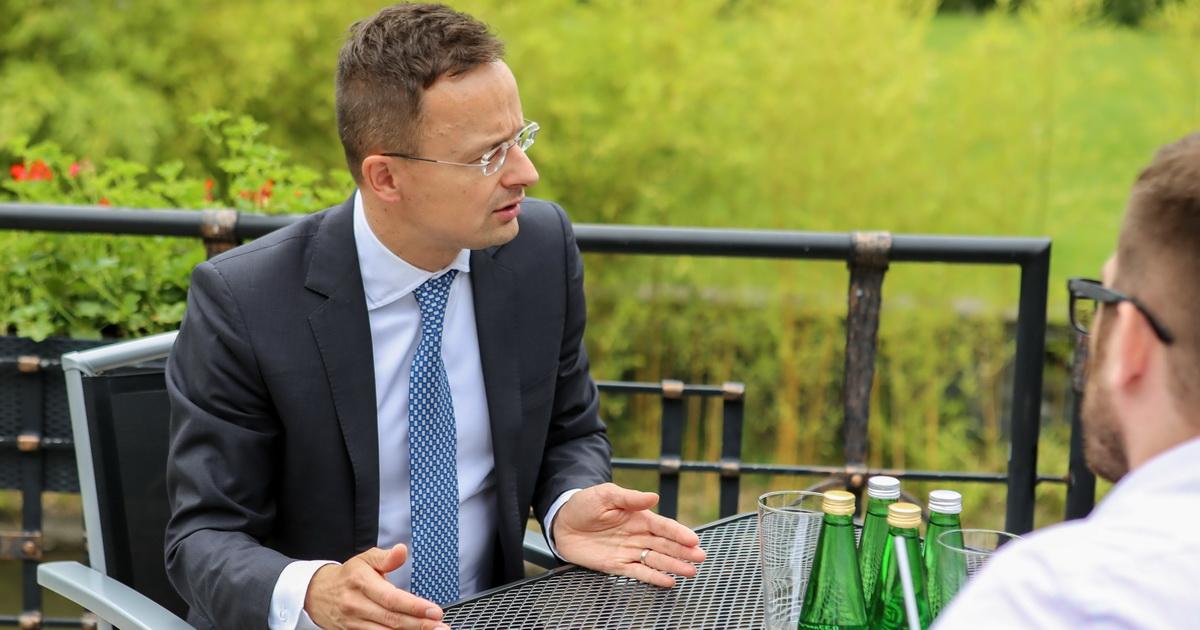 Заступник керівника Офісу президента України Вадим Пристайко заявив, що на територію українського Закарпаття всупереч рекомендаціям офіційного Києва прибули дві делегації Угорщини.