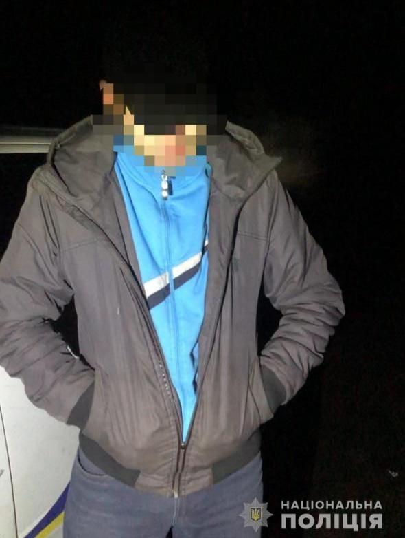 Поліцейські Виноградівщини задокументували факт незаконного зберігання марихуани закарпатцем, який вже фігурував у наркозлочинах.