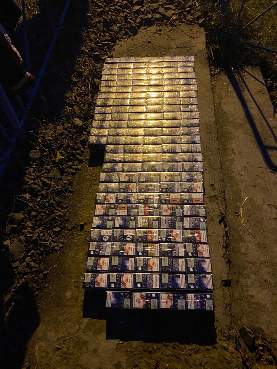Чергову спробу незаконного  переміщення тютюнових виробів через кордон попередили сьогодні військовослужбовці відділу «Соломоново» у залізничному пункті пропуску «Чоп (Дружба)».